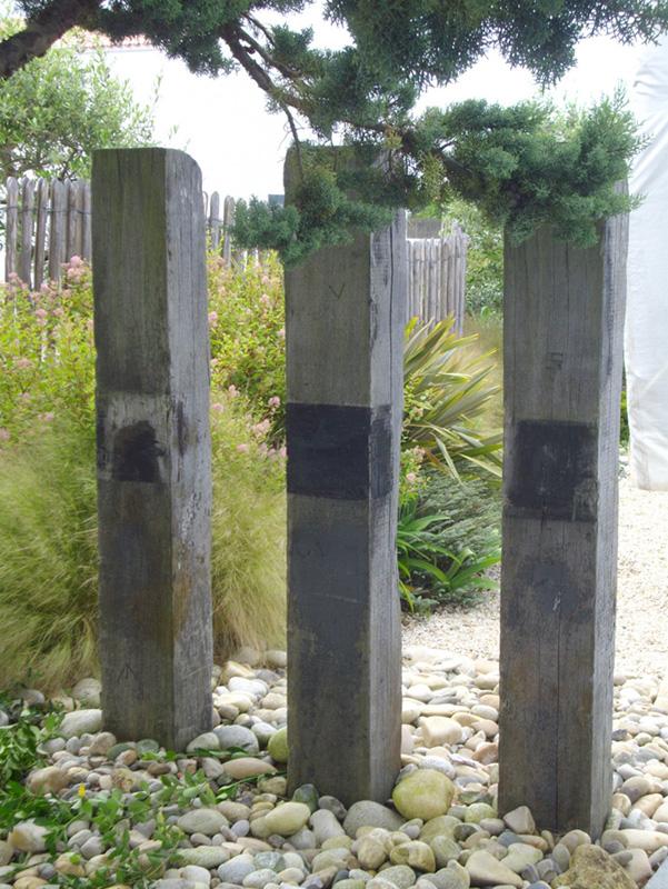 Jardin bord mer sable ganivelle bois graminee extension galet - Jardin de bord de mer ...